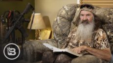 The Anti-Gun Crowd Is Focusing on the Wrong Weapon | Phil Robertson